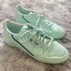 Adidas Leather Men's Shoe, pastel  green, like new